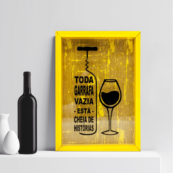 PORTA ROLHAS TODA GARRAFA VAZIA AMARELO 30 X 40 CM - 794